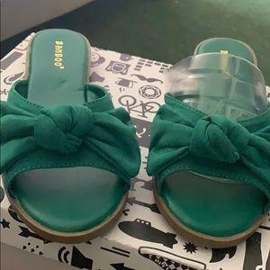 Green Bowed Slides